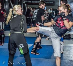 Cindy Dandois et Miesha Tate à l'entraînement